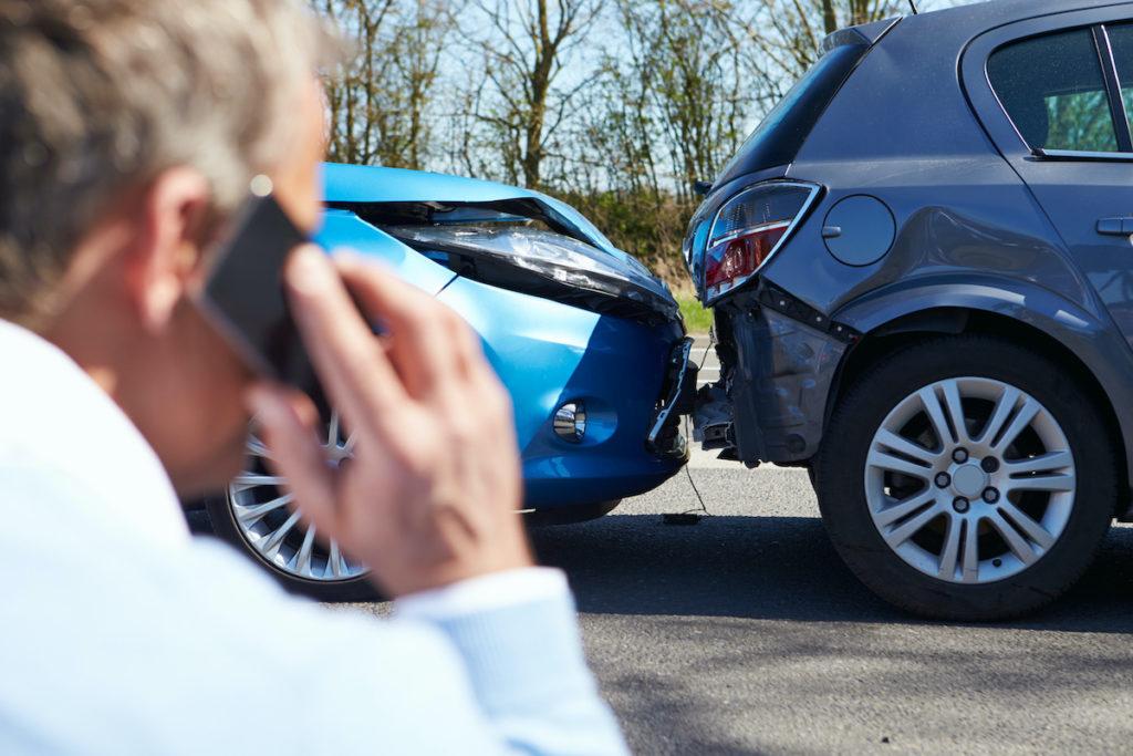 Proba 13. Reține 021 9111 – numărul pe care ar trebui să îl știi în caz de accident rutier